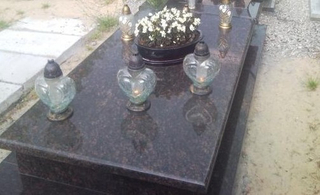 Style europeo Polished Granite Monument Tombstone de Tan Brown